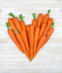 I love raw carrots and I love my raw Carrot Cake! :)